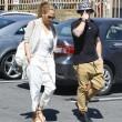 Jennifer Lopez torna con il toy boy Casper Smart: FOTO insieme al ristorante07