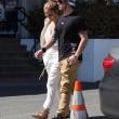 Jennifer Lopez torna con il toy boy Casper Smart: FOTO insieme al ristorante05