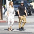 Jennifer Lopez torna con il toy boy Casper Smart: FOTO insieme al ristorante16