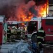 Russia, incendio in centro commerciale a Kazan: 4 morti, 15 dispersi tra macerie 5