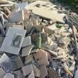 Roma, lapidi del cimitero gettate in discarica abusiva su via Prenestina08