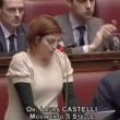 """VIDEO YouTube: Laura Castelli (M5s) a Renzi: """"Alzi la testa quando deputato le parla""""2"""