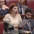 """VIDEO YouTube: Laura Castelli (M5s) a Renzi: """"Alzi la testa quando deputato le parla""""3"""