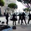 Los Angeles, polizia uccide senzatetto con 5 colpi di pistola06