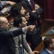 Deputati M5s tirano Swatch a Lupi, non Rolex e Renzi sogna che si dimetta