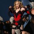 """Madonna: """"Ho il toy boy perché miei coetanei tutti sposati con figli"""""""