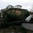 Maltempo Toscana-Marche: scuole chiuse, tetti scoperchiati, alberi abbattuti4