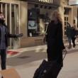 """VIDEO YouTube: """"Sono musulmano: abbracciami"""". Esperimento sociale in strada a Stoccolma2"""