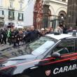 Camorra, 50 fermi a Napoli: familiari salutano arrestati04