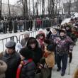 Mosca, Boris Nemtsov: in migliaia gli rendono omaggio nella camera ardente05