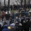 Mosca, Boris Nemtsov: in migliaia gli rendono omaggio nella camera ardente02