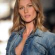Gisele Bundchene in pensione? La bellissima modella potrebbe ritirarsi FOTO 6