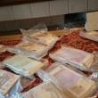 Napoli, disoccupato con 200mila euro in casa nascosti dietro mattonella02