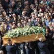 Tunisi, Orazio Conte e Antonella Sesino: funerali Torino, applauso accoglie feretri 06