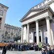 Tunisi, Orazio Conte e Antonella Sesino: funerali Torino, applauso accoglie feretri 013