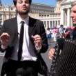Le Iene, Paolo Brosio da papa Francesco: il lieto fine di Frank Matano FOT2