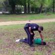 Usa poliziotto uccide afroamericano. Inchiodato da filmato03