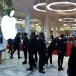 Apple watch debutta nei negozi. Prevendite in 9 paesi, Italia esclusa05
