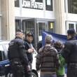 Spagna: studente irrompe a scuola con balestra