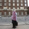 Kate Middleton, stampa e fan monarchia attendono l'arrivo del Royal baby8