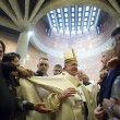 Sylvie Lubamba: papa Francesco le lava i piedi in carcere04