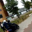 Londra, sfilavano cellulari a donne utilizzando il motorino: arrestati07