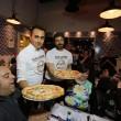 Napoli, M5s: Fico e Di Maio servono pizza per autofinanziamento regionali12