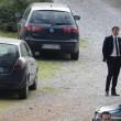 """Renzi incontra operai Whirpool-Indesit: """"Parlo io con l'azienda"""". Poi vede anche De Luca"""