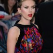 """Scarlett Johansson alla prima di Avengers: """"Le vere eroine sono le mamme16"""