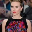 """Scarlett Johansson alla prima di Avengers: """"Le vere eroine sono le mamme14"""
