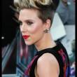 """Scarlett Johansson alla prima di Avengers: """"Le vere eroine sono le mamme12"""