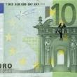 Stefanos, artista che disegna su banconote euro i morti suicidi per crisi FOTO 7