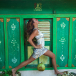 Kim Anami solleva oggetti con la vagina FOTO al via il suo tour per l'Europa