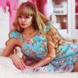 """Angelica Kenova, modella somiglia a Barbie: """"non ho mai avuto un ragazzo"""" FOTO 5"""