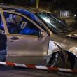 Roma. Donna morta, 8 feriti da auto con 3 rom che forza posto di blocco08