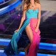 """Alessia Marcuzzi copia Belen, a Cannes con abito """"farfallina style"""" 03"""
