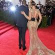 Beyoncè, Jennifer Lopez e Kim Kardashian: nude look a New York 06