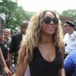 Miglior lavoro al mondo? Truccare le tette di Beyonce 15