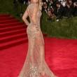 Miglior lavoro al mondo? Truccare le tette di Beyonce