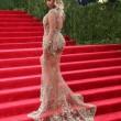 Miglior lavoro al mondo? Truccare le tette di Beyonce 2