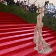 Miglior lavoro al mondo? Truccare le tette di Beyonce 3