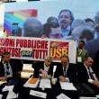 Napoli, sindacati di base interrompono conferenza con Stefano Boeri e Poletti
