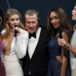 Cannes. Dita Von Teese, Eva Longoria, Gigi Hadid: sexy scollature evento Amfar06