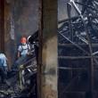Filippine, rogo fabbrica infradito: più di 70 morti. Finestre erano sigilliate13