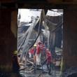 Filippine, rogo fabbrica infradito: più di 70 morti. Finestre erano sigilliate14