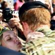 "Principe Harry in Australia, fan chiede: ""Sposami"". Lui la bacia FOTO 2"