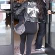 "Kim Kardashian e figlia Nori ""dark"": tutte e 2 indossano giacca pelle nera13"
