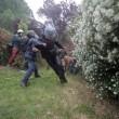 VIEDO YouTube No Expo black bloc. Agente in fiamme FOTO simbolo 1 maggio Milano7