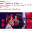 The Voice of Italy, semifinale: 4 in gara, Noemi bacia Roby Facchinetti FOTO
