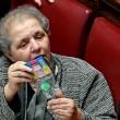 Italicum, deputati Pd usano palline per i gatti per bloccare tasto del voto FOTO 8
